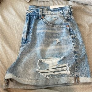 NWT American Eagle Mom Shorts